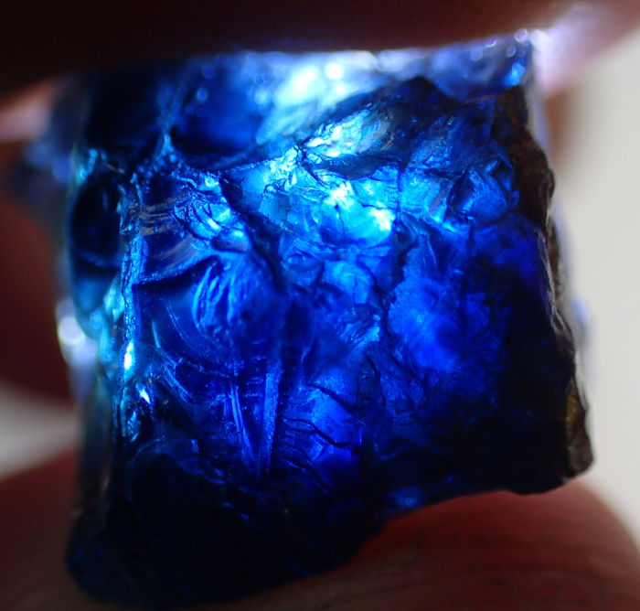 Beautiful, (Royal) Blue Sapphire Crystal Facet Rough Untreated / Unheated - 14,66x11,14x10,57mm - 19,10ct