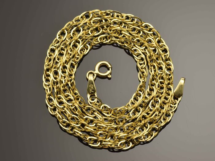 18K Gold Necklace. Chain - 45 cm. Weight 3.2 g. No reserve price.