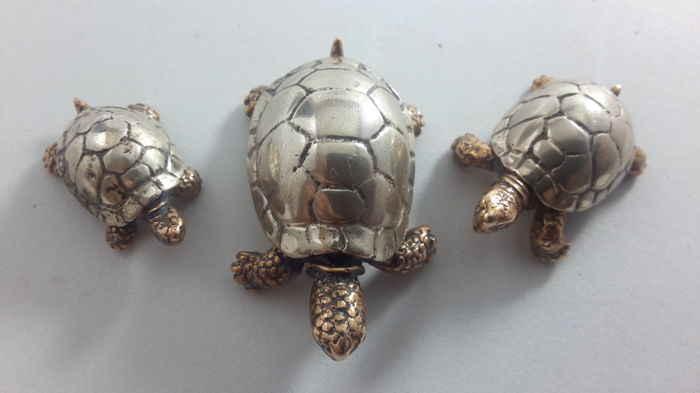 Figurine(s) - Group of 1 - Silver gilt - Italy - 1950-1999