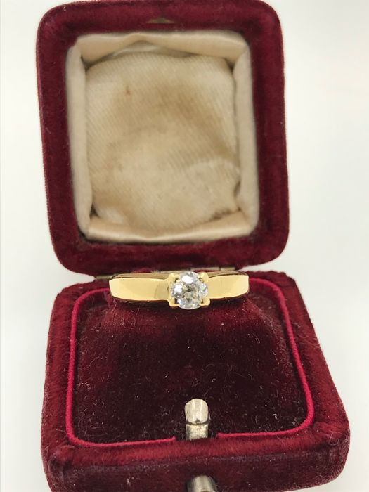 Engagement old cut diamond 18k gold ring size 52