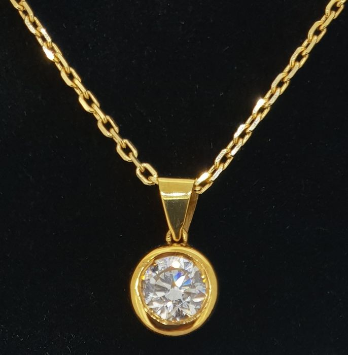 Necklace with Pendant - Gold - Natural (untreated) - 0.4 ct - Diamond