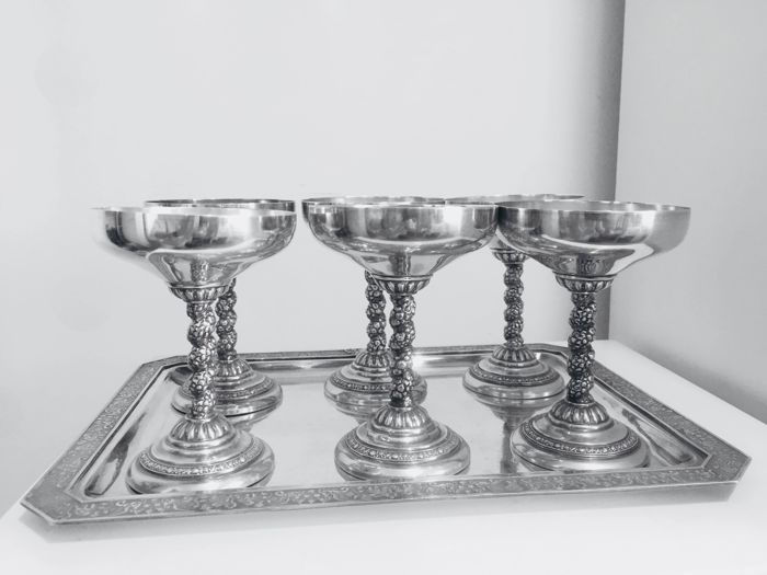 Jewellery Barcelona - Complete collection, beautiful set of 6 cups and tray - Silver -.915 - Art Nouveau