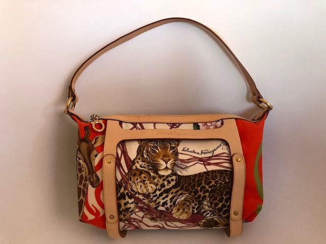 efafec50736617 Salvatore Ferragamo - Animal print Tote bag - Catawiki