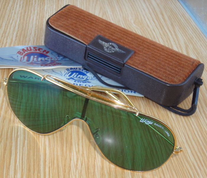 f8505faec9 Ray-Ban - Bausch   Lomb Wings Aviator Arista Sunglasses - Vintage ...