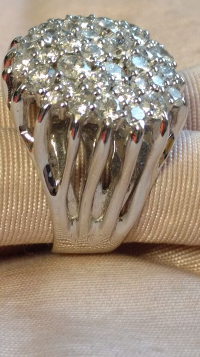 Ring in 18 kt white gold with diamonds - 14