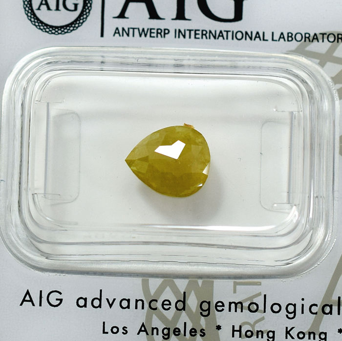 Natural Fancy Yellow Diamond - 1.22 ct, NO RESERVE PRICE