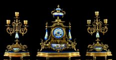 Garniture - Clock and chandeliers with Sevres porcelaine - Gilt metal - Louis XVI Style