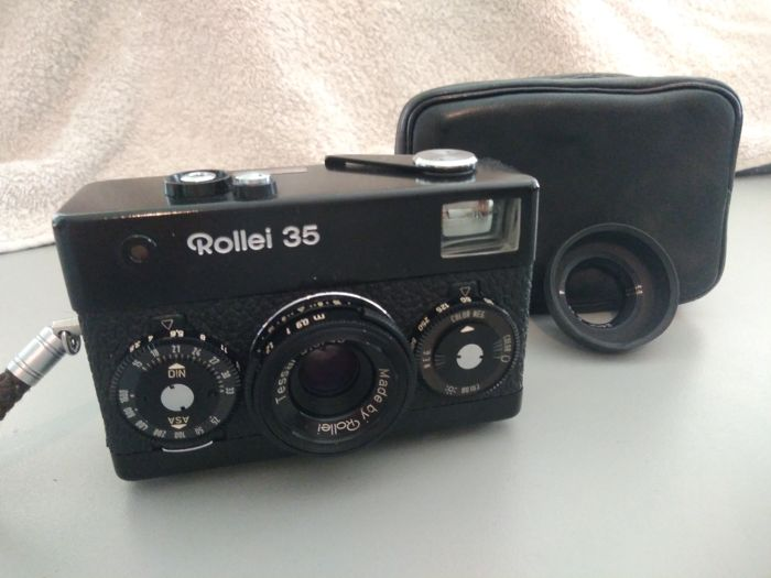Camera Rollei 35 with lens Tessar 1:3.5 / 40 mm