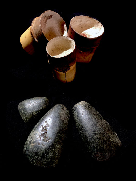 Set of three ear plugs and three garden celts - STAR MOUNTAINS  - West=Papua