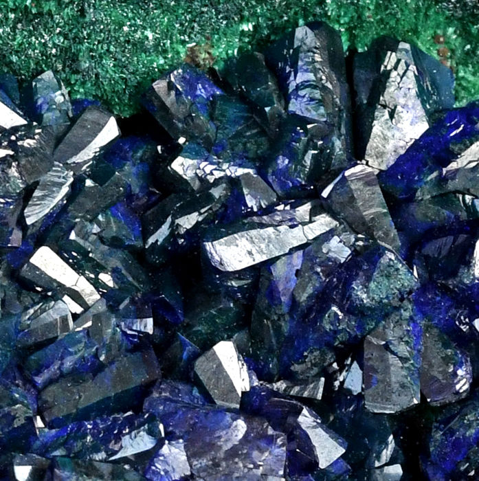 High quality Azurite and Malachite from China - 9.4 x 7.3 x 5.7 cm - 457 g