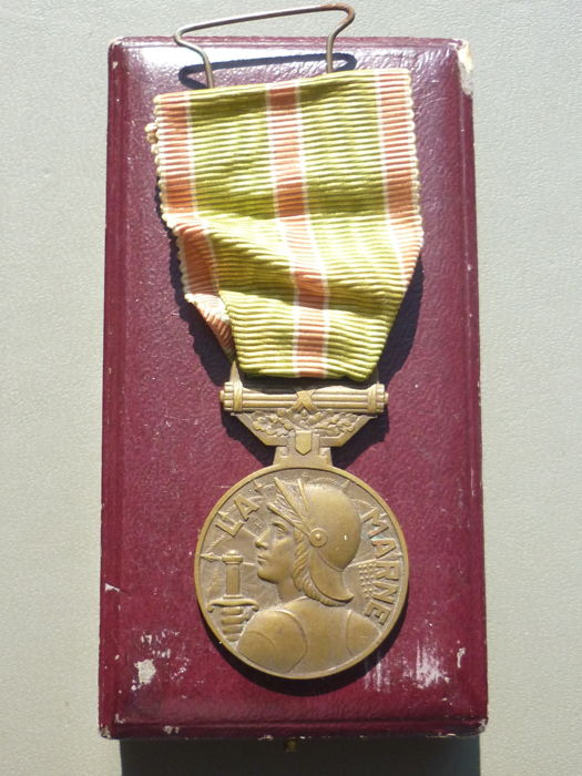 France (O6) Beautiful medal of the soldier of the Marne war 14-18 Great War Soldier