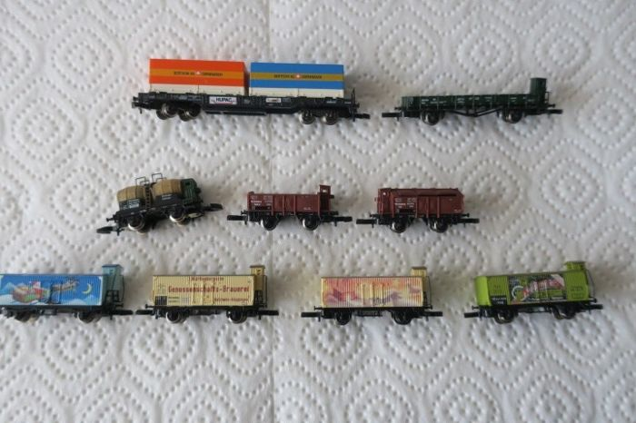 Märklin Z - 9 different freight carriages of the DB.
