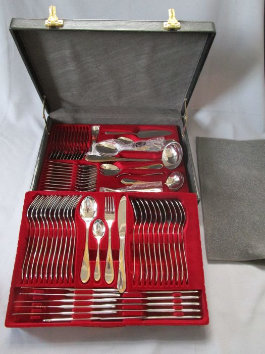 Luxusbesteck - Firma : Esmeyer - Solingen - Germany-12 persons (84 parts) - 1000 fineness - unused - in the suitcase