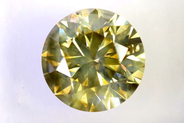 IGI Sealed Diamond - 2.01 ct - Fancy Light Yellowish Brown - SI2