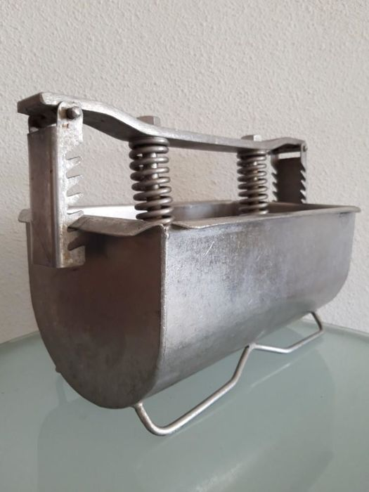Ham cooking kettle STAINLESS STEEL. Germany around 1950 - steel (stainless)