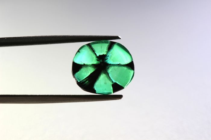 Trapiche Emerald - 1.99 ct - Colombia
