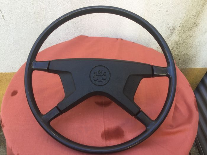 Engine/Engine parts - Volkswagen or Porsche 914 Steering Wheel - 1969-1976 (1 items)