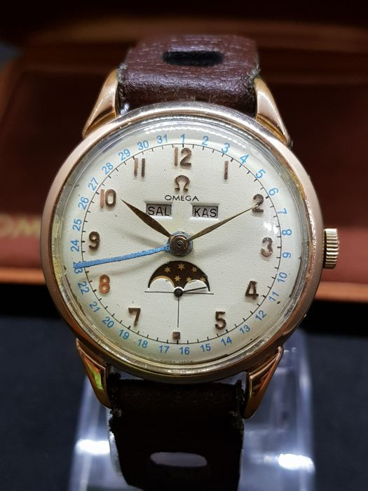 """Omega - Triple Date Cosmic Moonphase - """"NO RESERVE PRICE"""" - 2486-2 - Hombre - 1901 - 1949"""