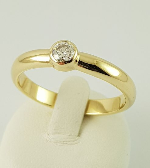 Anillo - Oro - 0.25 ct - Diamante