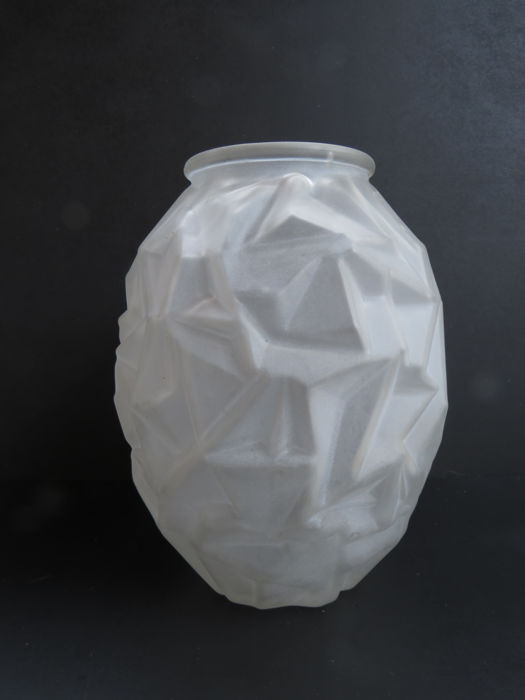 Unsigned French Frosted Glass Vase Catawiki