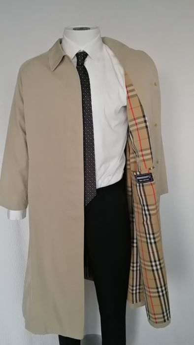 53fc59ad2f05 Burberry - Men s Trench Coat - Catawiki