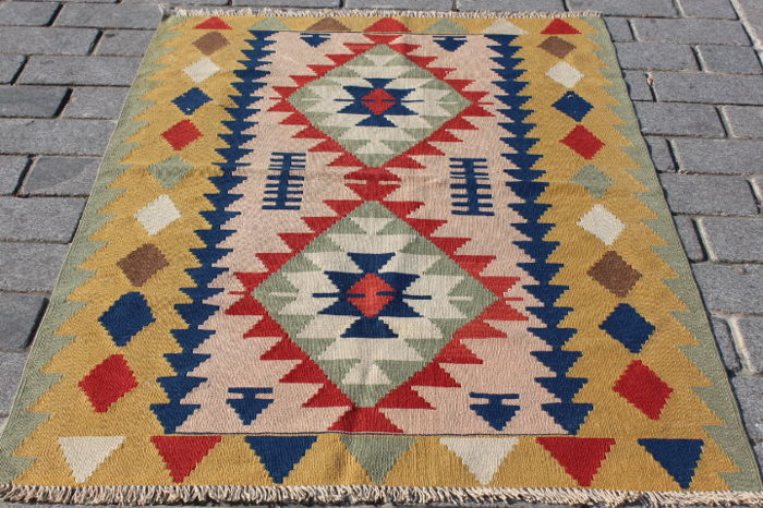 Hand Made Turkish Kilim - 165 cm - 119 cm