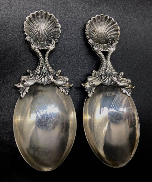 Salt cellar Spoons, decorated with Tritons, realised by the famous Italian silversmith Raspini
