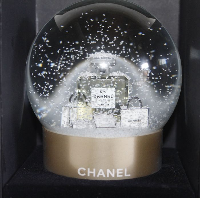 Chanel no.5 Champagne snow globe - Glass