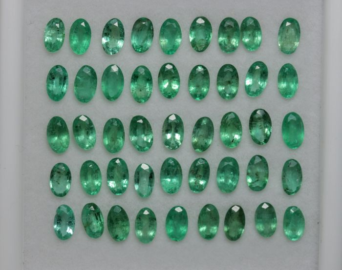 Emeralds - 10 cts - 45 pieces