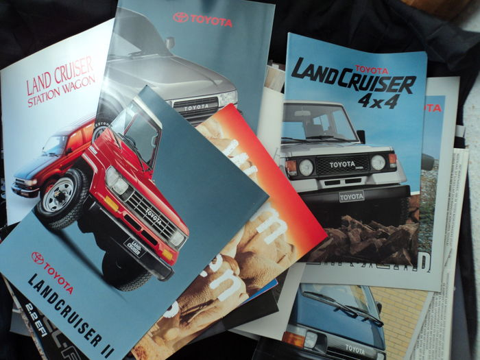 Brochures / catalogues- Toyota - 1991 (123 items)