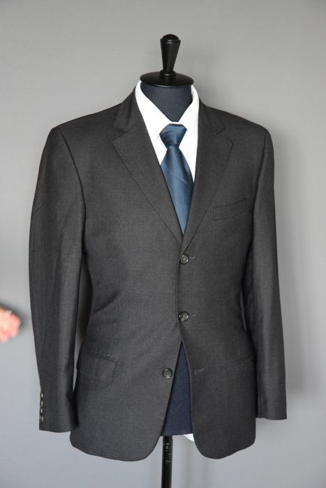 efd9c05a2 Gucci - Suit - Catawiki