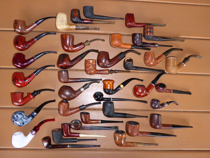 Various - collector's pipe - Bruyere, plastic, metal