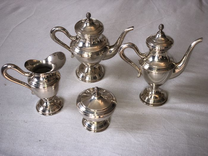 Coffee and Tea Service - Group of 1 - .800 silver - Italy - 1950-1999
