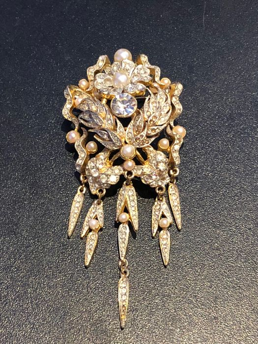 very large gem and pearl set Sphinx brooch