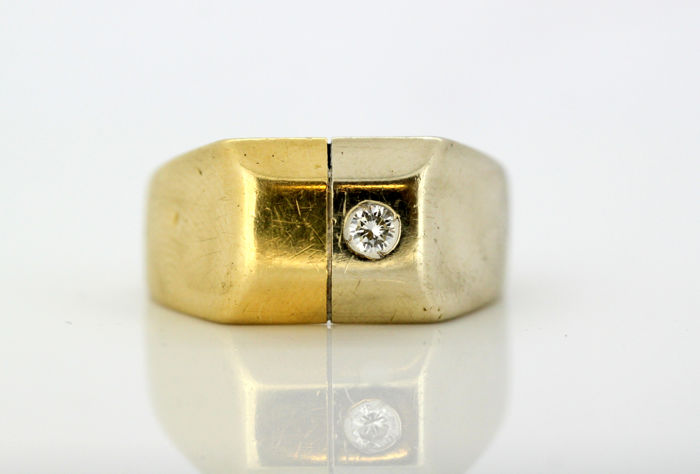 Vintage 18k yellow gold men's ring with diamond - Circa 1960's