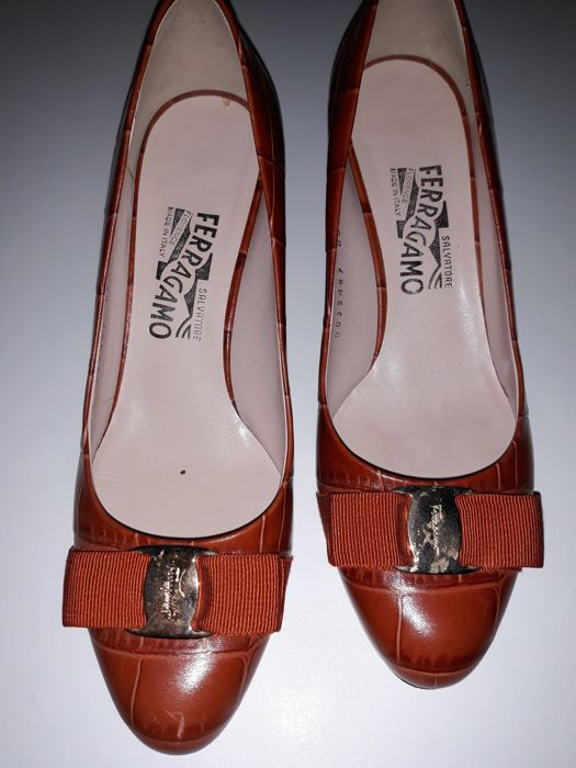 Salvatore Ferragamo - Slip-on shoes with a heel, ballerina shoes ... 8a37ecb973