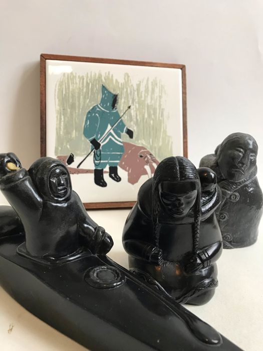 Boma Thorn and Mika figurines and a tile - INUIT - Canada