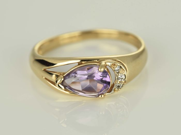 Gold ring 14 kt  Amethyst 1.2 ct Diamond 0.02 ct in total Size 57 (ø 18.1 mm)