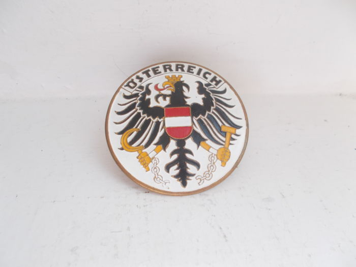 Badge - OSTERREICH  enamel on brass car grille badge - 1950-1965 (1 items)