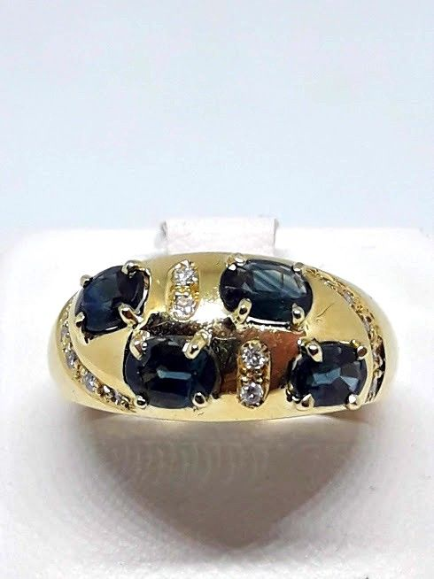 Ring - Gold - 1.1 ct - Sapphire and Diamond