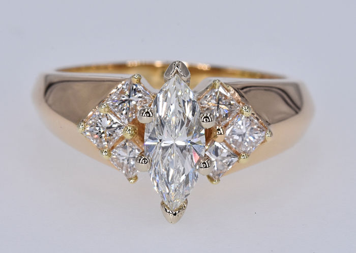 1.54 Ct Diamonds ring, 14kt gold, size 12 adjustable. No reserve price.