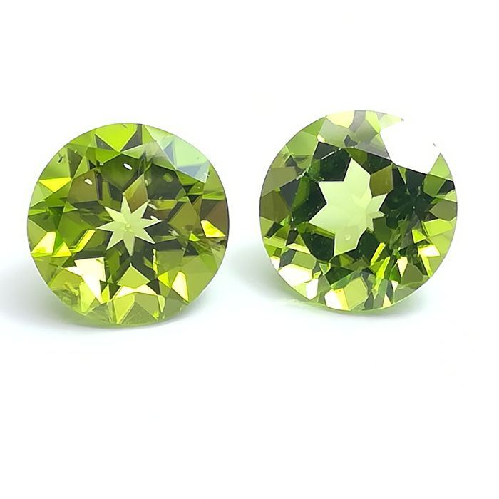 Lot of 2 peridots - 8.07 ct