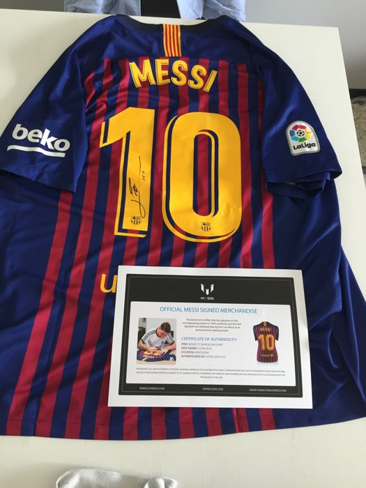 new style b1776 dc3aa FC Barcelona - Spanish Football League - Lionel Messi - 2019 - Jersey -  Catawiki