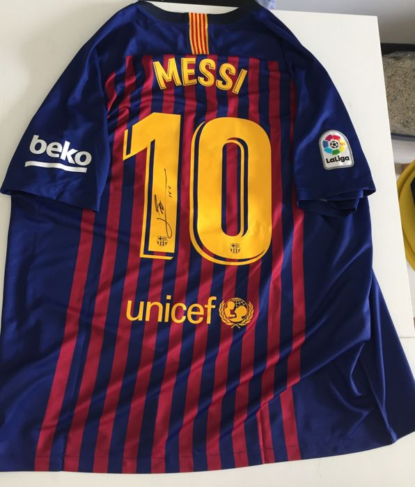 new style 8a0a6 90e49 FC Barcelona - Spanish Football League - Lionel Messi - 2019 - Jersey -  Catawiki