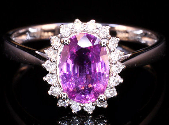 750 / 18 kt white gold ring with natural pink sapphire *GIA certificate* and diamonds