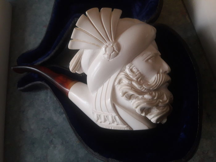 Meerschaum pipe in its original case from mid 20th century - Italy