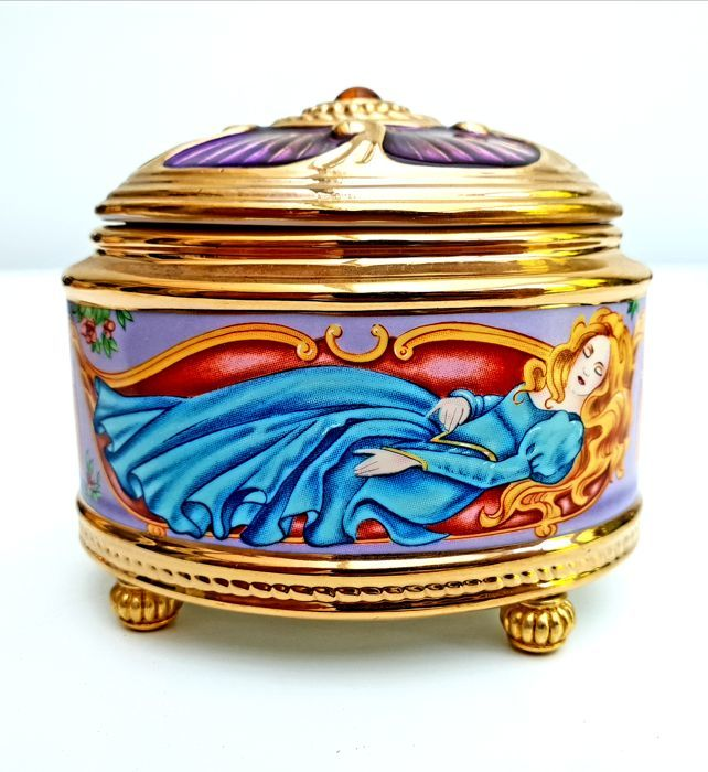 """Fabergé - Faberge Porcelain Music Box - """"Sleeping Beauty"""" - 24 carat gold plated"""