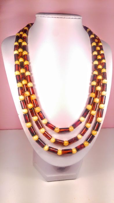 100% Genuine Cognac colour Baltic Amber necklace with round beads Royal colour accents, 50 grams