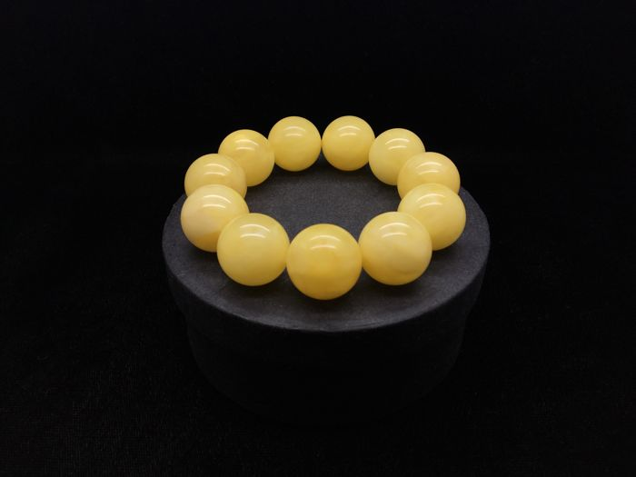 Baltic Amber bracelet white-yellow colour big beads, 40.6 grams