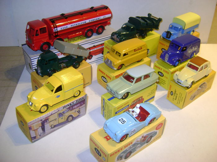 Dinky Toys - 1:43 - Atlas 10 Cars & Trucks 1950-1960